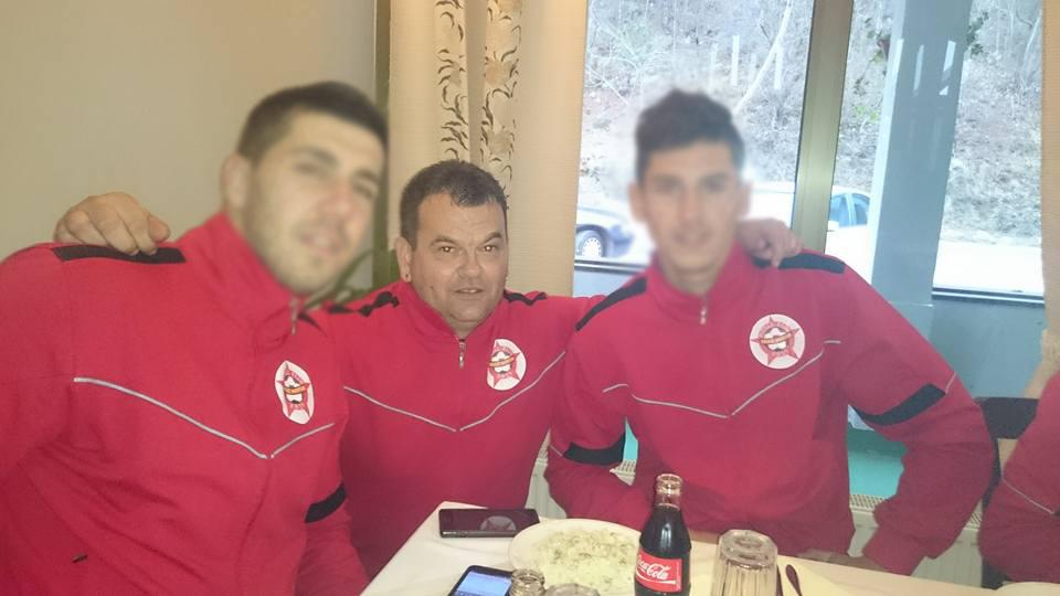 Suad Obradović (u sredini)